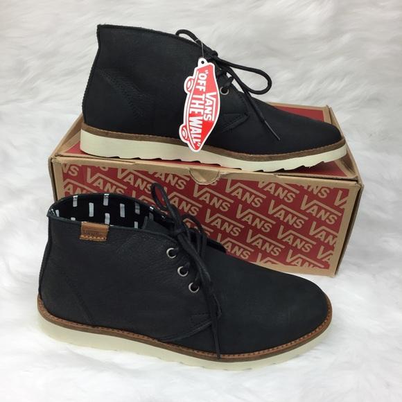 f0b3ab9ef0 NWT Vans Men s Leather Desert Chukka Black